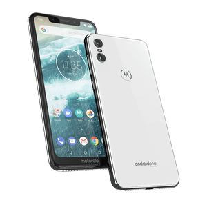 01-motorola-one-white