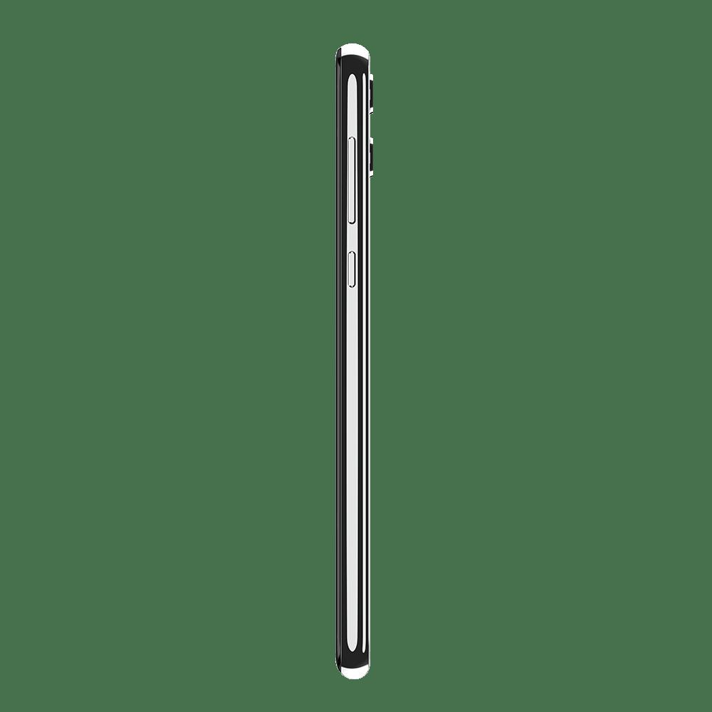 04-motorola-one-white